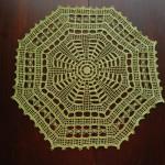 Serweta na szydełku w kształcie ośmioboku