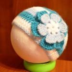 Szydełkowa czapeczka dla niemowlaka