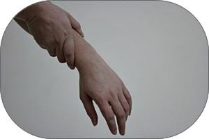 wrist-pain-1445344-2-m